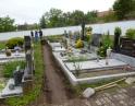květen 2014 - Rekonstrukce chodníků na hřbitově